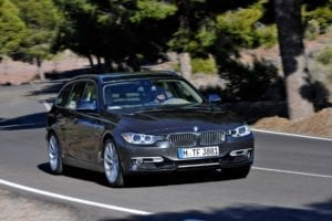 2013-bmw-3-series-touring-43